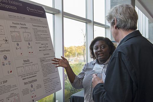 Students present their One Health-related research at Kansas City One Health Day.